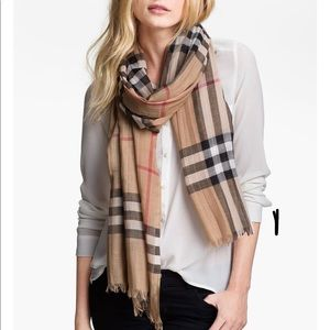 BURBERRY Giant Check Print Wool & Silk Scarf 👀